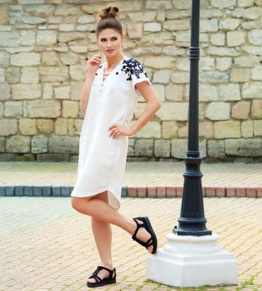 Одежда белое платье льнянное Адажио