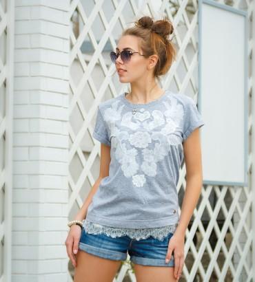 Одежда серая футболка с кружевом Мираж