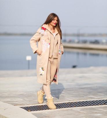 Одежда пальто женское бежевое Мелания