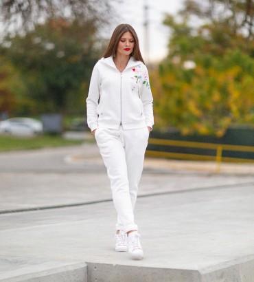 Белый спортивный костюм с кружевом Нэнси