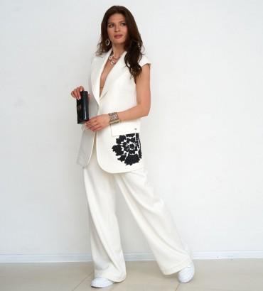 Одежда костюм молочного цвета Ленория