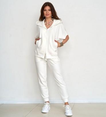 Одежда спортивный костюм молочного цвета Ленория sport