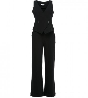 Женский костюм с жилетом и брюками черного цвета