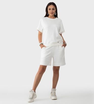 Спортивный костюм с шортами и свитшотом белого цвета Ленория lounge