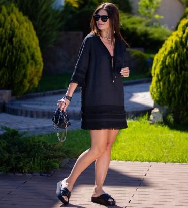 Короткое платье черного цвета цвета Эллада