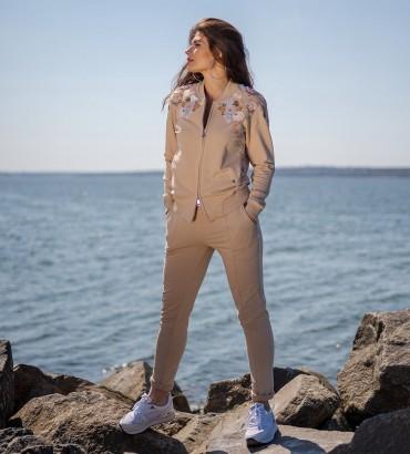летний женский спортивный костюм бежевого цвета Оливия